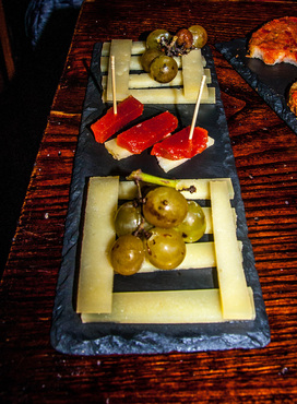 Manchego cheese at Casa Gala in Collioure