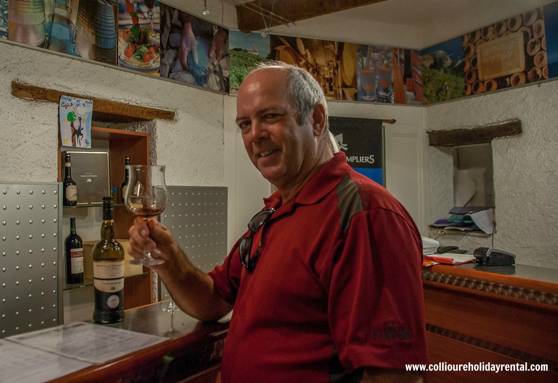 Tasting at the Celliers des Templiers wine bar