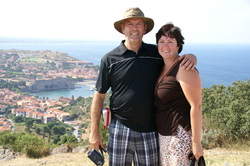 Kim and Denis overlooking the Collioure harbour